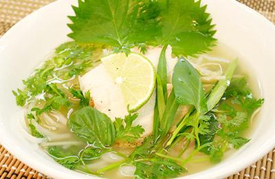 当店人気No.1 フォー・ガー(鶏スープ)
